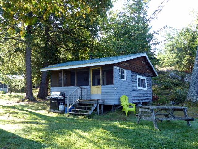 Buck and Doe- Bearskin Lodge
