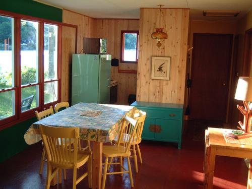 Loon Cabin Bearskin Lodge